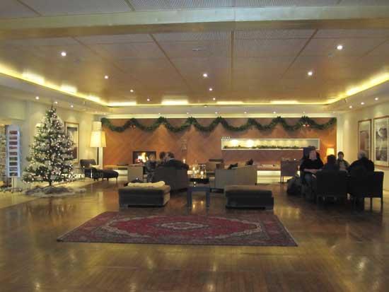 La hall dell'hotel First Amaranten