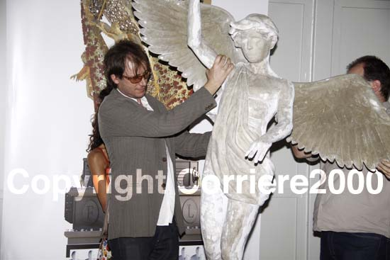 Vittori con un angelo di Fiore del Cielo