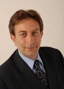 <p> Massimo Cialente</p>
