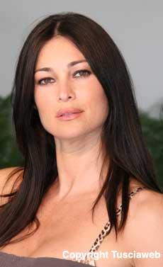 <p>Manuela Arcuri</p>