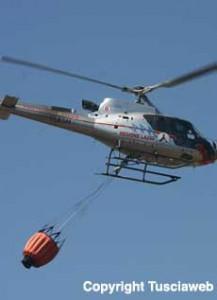 <p>Elicottero dei vigili del fuoco</p>