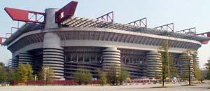 <br />Lo stadio Meazza a Milano